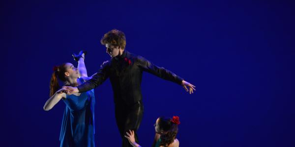 Photo of Dance piece Interludes choreographed by Christine Knoblauch-O'Neal